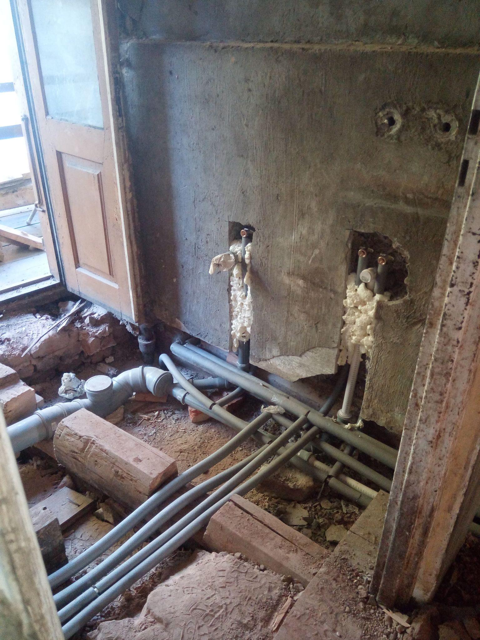 Woda i kanalizacja remont domu w Starachowicach