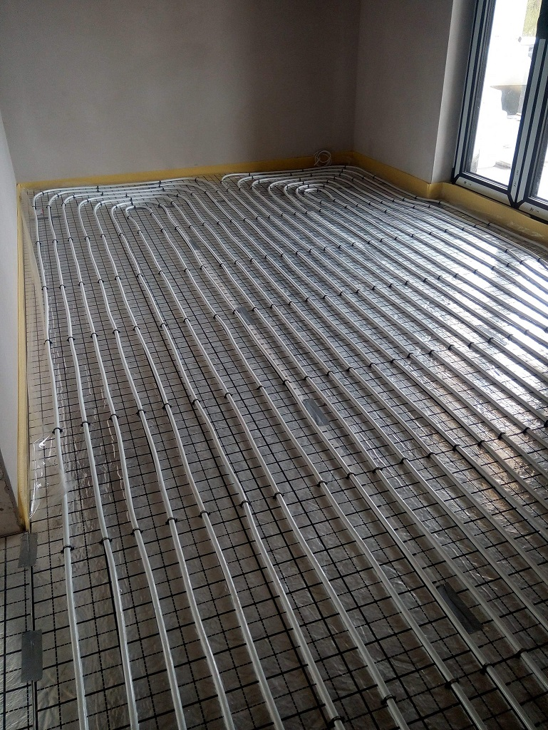 Ogrzewanie podłogowe w Wąchocku