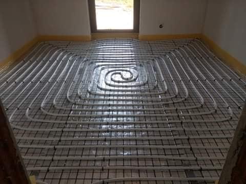 Ogrzewanie podłogowe w domu w Wielkiej Wsi