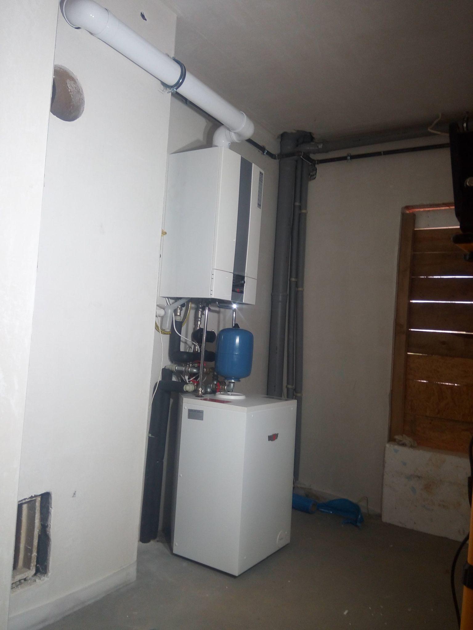 Instalacja gazowa zewnętrzna i wewnętrzna, montaż kotła WOLF CGB2 z zasobnikiem CWU.