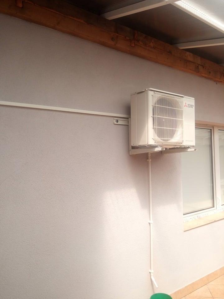 Klimatyzator Mitsubishi 2,5kw zamontowany w Starachowicach