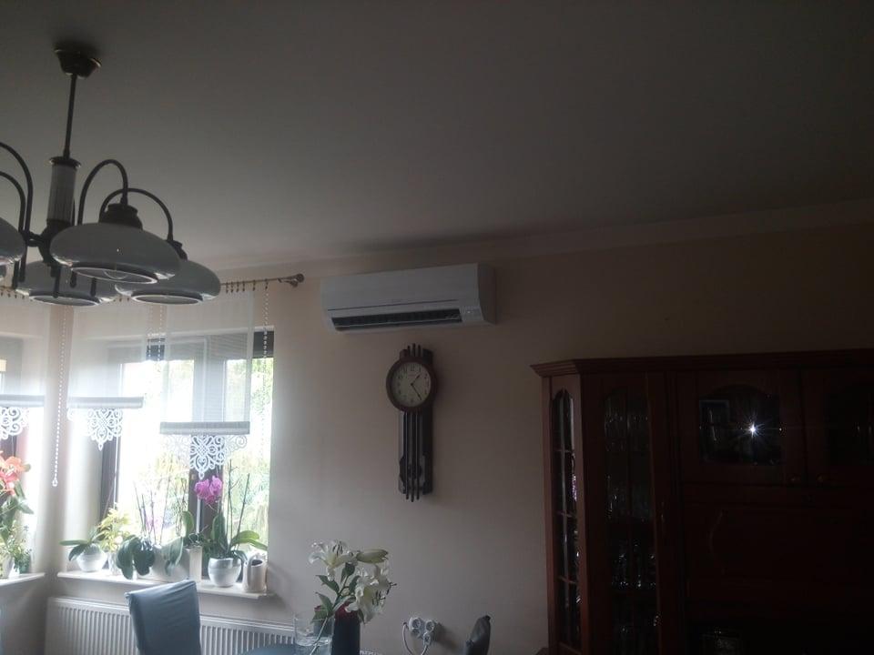 Klimatyzator Mitsubishi zamontowany w Krzyżanowicach