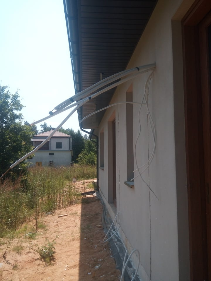 Rozłożenie rur i kondensatu pod 2 klimatyzatory na multi split w Starachowicach