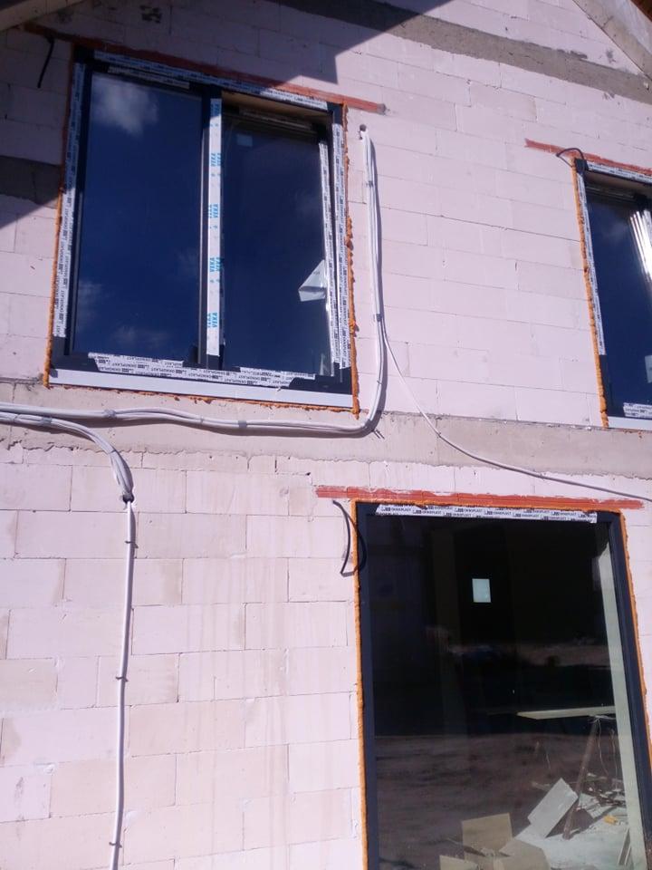 Orurowanie do klimatyzacji w nowym domu w Starachowicach.
