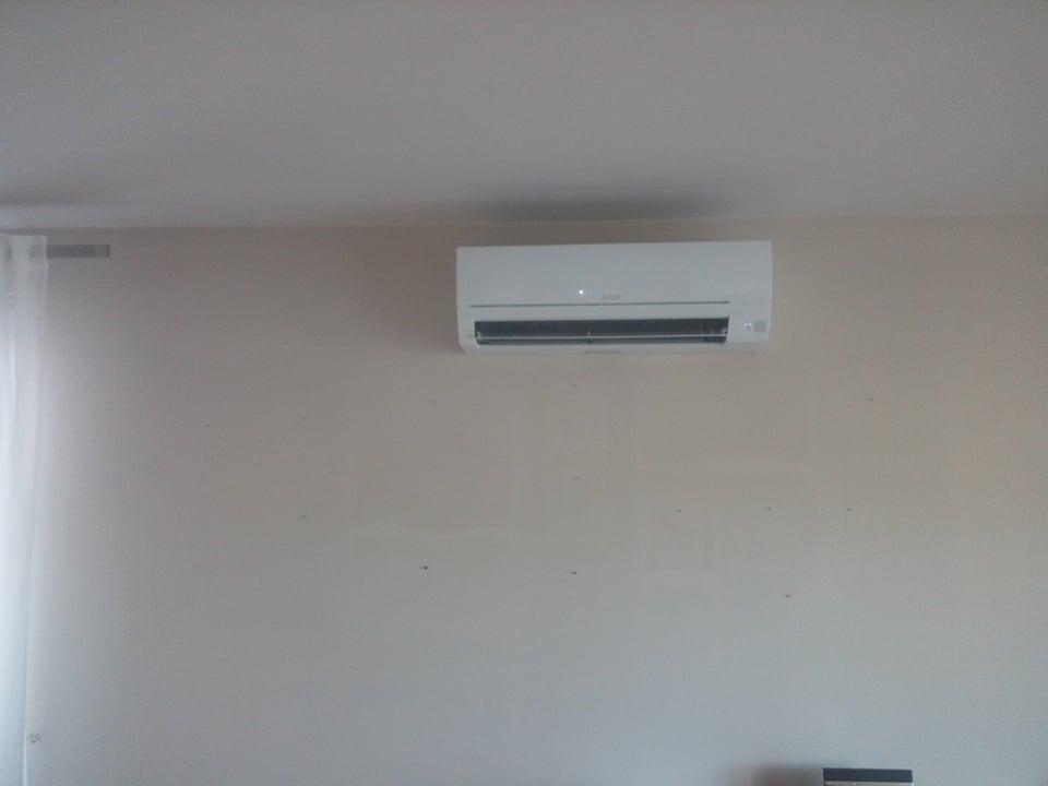 Klimatyzator Mitsubishi zamontowany w domu w Starachowicach.